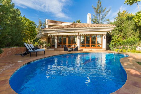 Sold: 4 Bedroom4, Bathroom Villa in El Herrojo Alto, La Quinta, Benahavis