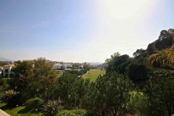 Sold: 4 Bedroom, 4 Bathroom Villa in La Quinta, Nueva Andalucia