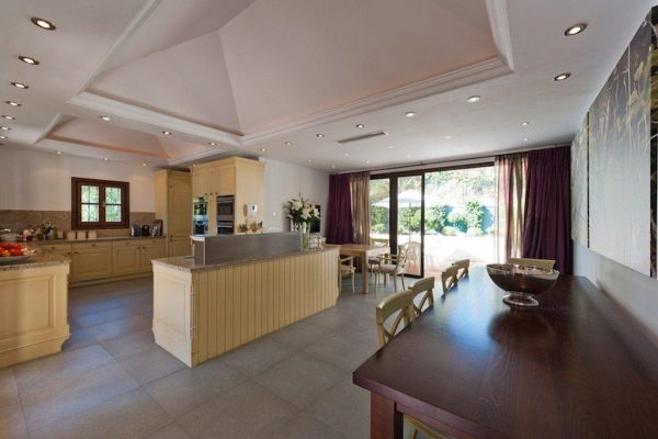 Sold: 4 Bedroom, 4 Bathroom Villa in La Quinta, Benahavis