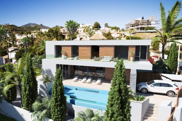 Sold: 5 Bedroom5, Bathroom Villa in El Herrojo, La Quinta, Benahavis