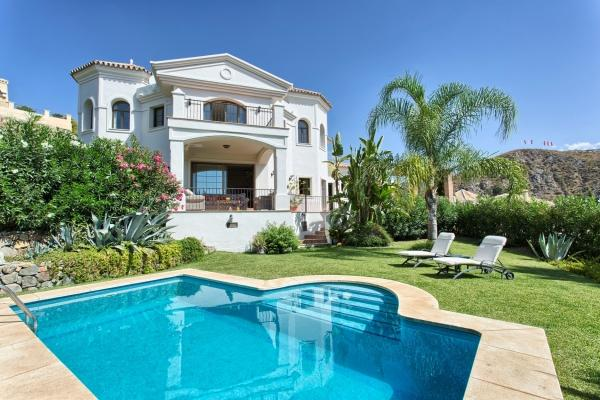 Sold: 4 Bedroom, 4 Bathroom Villa in Lomas de la Quinta, Benahavis