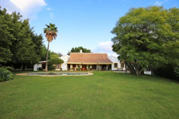 Unique Villa For Sale in Guadalmina Alta, San Pedro de Alcantara