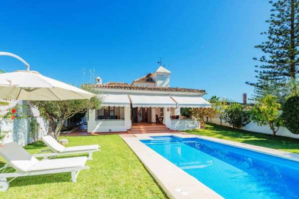 6 Bedroom, 6 Bathroom Villa For Sale in Casablanca, Golden Mile