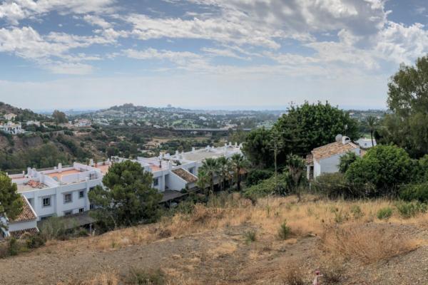 Sold: Plot in La Quinta, Nueva Andalucia