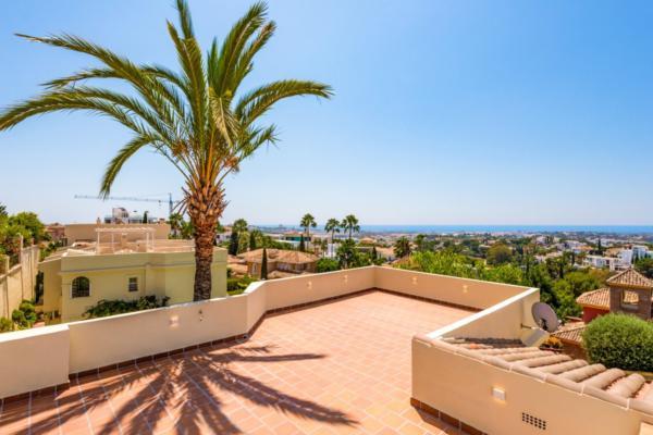 Sold: 3 Bedroom, 2 Bathroom Townhouse in La Quinta, Nueva Andalucia