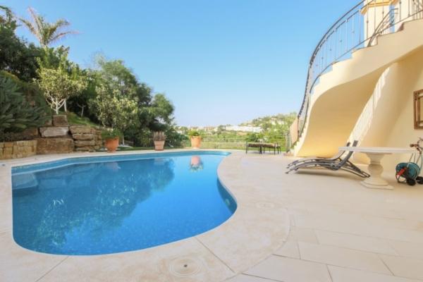 5 Bedroom, 5 Bathroom Villa For Sale in La Quinta, Nueva Andalucia