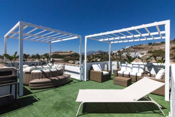 2 Bedroom, 2 Bathroom Villa For Sale in La Quinta, Nueva Andalucia